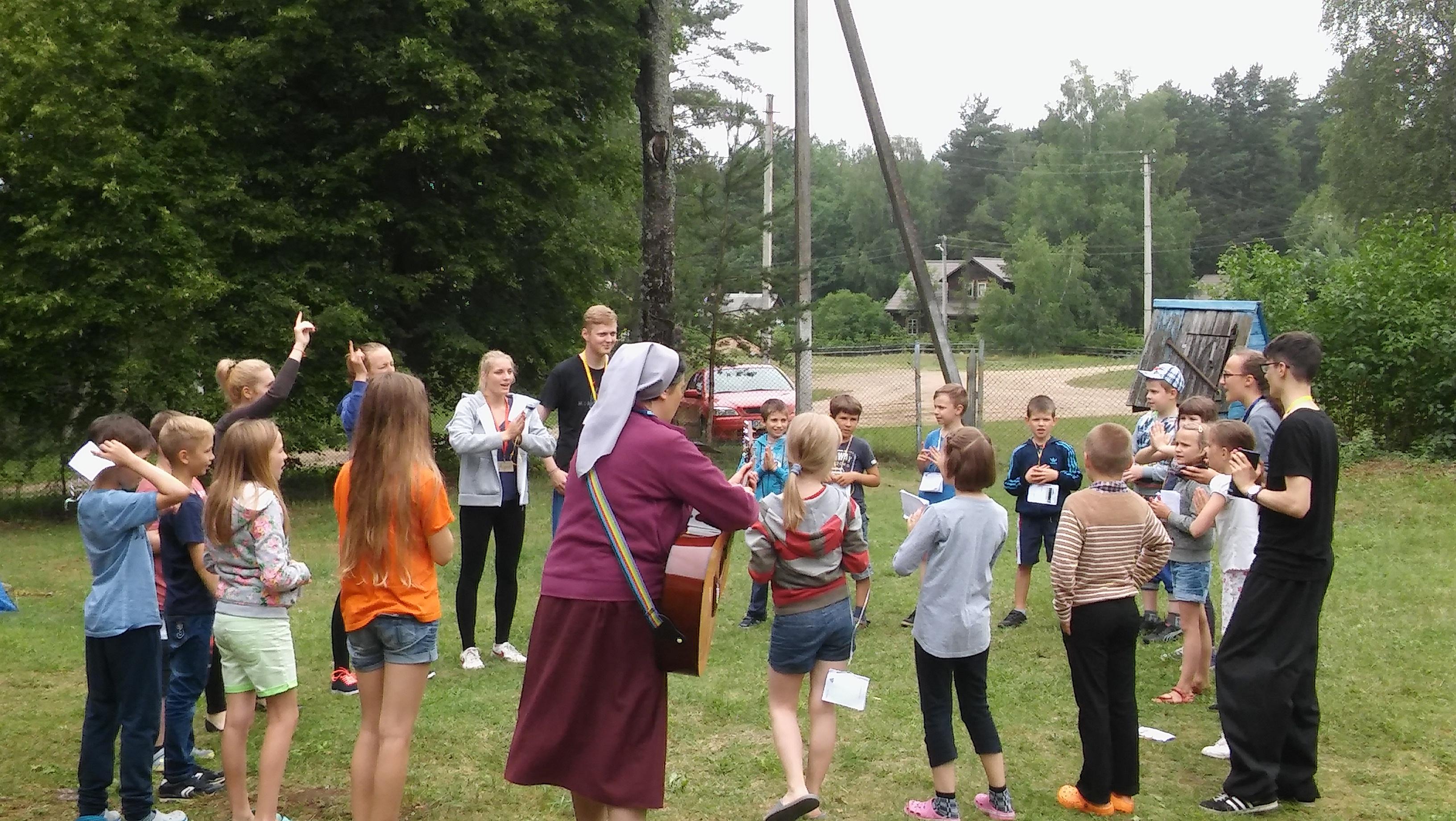 Vaikų stovykla Balingrade